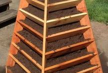 Garden Stands / by Swallowtail Garden Seeds