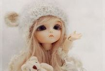 Pretty Porcelain <3 / Dolls - not just porcelain! Resin and plastic also included. / by Katie Toon