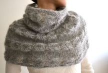 Knitting: Loops and ponchos / by bettinuki