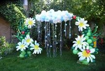 """A Vision in Balloons! / The """"Vision in Balloons"""" board gives you some great ideas and examples on how to decorate with balloons.  You will find pins for table decor, dance floors, entrances, arches, pillars, centerpieces and much more! / by Cynthia Peña"""