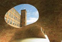 建築アイデア  / by Teppei Yoshida