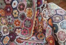 Crochet Afghans / by Ömür Uzar