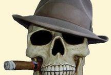 skulls & bones / by Bente Bressen