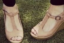 Shoe LoVe / by Marisol Nuñez
