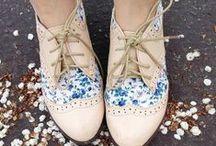 For Her Feet / by Alenka