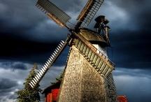 Windmills / by Maria Helena Lacerda