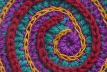 crocheteando / crochet más crochet / by Kunigunda
