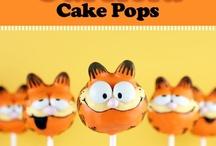 Cake pops / by Jeannine G. Ceniceros