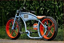 Custom bikes / by Junior Z