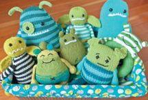 { Crochet & Knitting } / by Viri Caballero