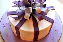 Cakes / by Petronella Vanderelst