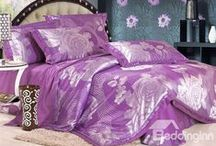 Silk Bedding sets / Give your master suite a quick change with the luxurious silk bedding sets.  / by bedding inn