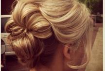 Hairstyles & Makeup / by Cami Pendleton