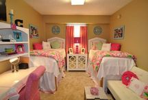 Cute Dorm Room Ideas / Everything College Life from Dorms to Study tips / by Chante Mercurius