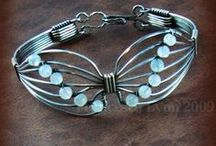 Blingy Things / Patterns, inspirations, & tutorials for making blingy jewelry, just cuz I like sparkly stuff / by Vickie Brown