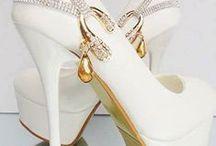Utrolige sko ( og støvler )  2 / by Susanne Kornø