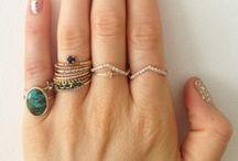 jewelry / by Robin Vuitch