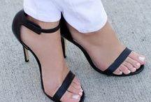Shoes / by Jeanna nonono