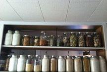 Food Storage / Food Storage Deals: http://astore.amazon.com/preppercom-20?_encoding=UTF8&node=28 / by Prepper Babe
