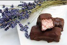 Dulciuri- Sweets / Cele mai bune retete, preparate in casa, cu zimbetul pe buze: Cook&Smile / by Bucataras Ro