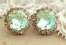 Jewelry <3  / by Emma Imhof