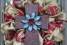 WrEaThS / All kinds..everyday.holiday.party / by Debra Mitchell