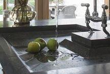 Kitchen  &  Dining  / Dream rooms, decor & Stuff / by Sandy Bernard