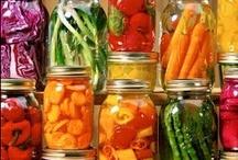 FOOD: Tips & Tricks / by Trisha Wiles