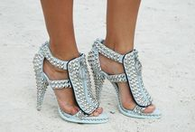 Shoes, Shoes, Shoes!! / by Regard Magazine
