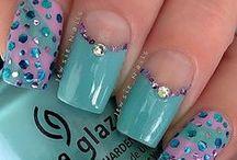 Beautiful Nails / by Jane AnnJimmie Britt