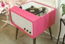 Vinyl... come to me! / by Marina Ortiz