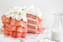 We Heart Cake Art / Look, don't touch! These cakes are meant to be admired. / by Cuisinart