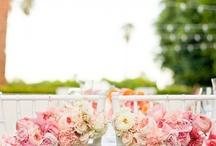 Wedding Ideas / by Iulia Marcu