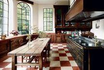 Kitchens / by Lauren Santo Domingo