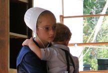 Amish Life / by Lynda Sweezey