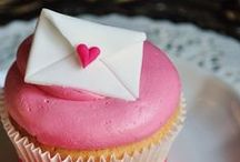 Cupcakes # 2 / Love and cupcakes are all we need !  / by Ana L M