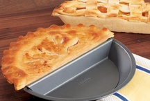 Fun Bakeware / by Lucky Leaf