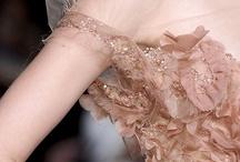 La mode en détail / La couture, la vraie , la belle :) / by Sandra Picchiottino