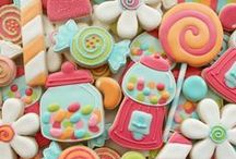 Creative Cookies! / Pretty and artistic cookies / by Meredith Thompson Brooks