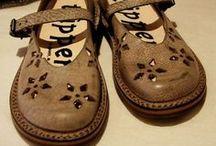 footwear / by Ingrid Dijkers