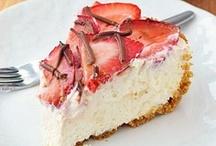 Desserts / by Shanae Holloman