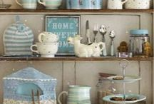 1112shabby chic accessories and rooms / by Pat Tysinger