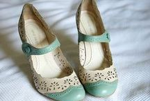 Happy Feet / by Shalottie Bender ♡