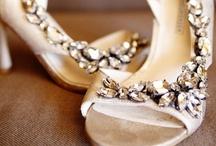 Wedding Accesories / by Bridesign Wedding Flowers