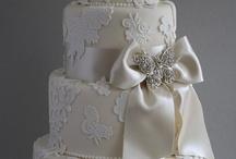 WEDDING CAKE / To pretty to eat. / by Marnie Fuchs Martin