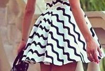 ☆ Fashionistas ☆ / Les plus belles tenues mode chinées sur la Toile et sur Pinterest. / by Nathalie DAOUT - Social Media