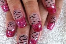NAILS NAILS NAILS / by Allyn White