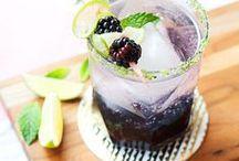 Delicious Drinks / by Lauren Hartmann
