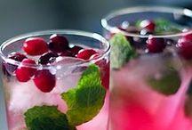 Drinks / by Kimberly Enix