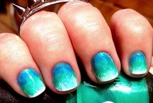 nails  / by DeLora Parente
